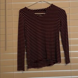 Girls stripped maroon and white shirt!